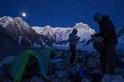 月下登山客:印度曹坎巴峰