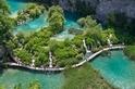 來自大自然的翡翠:十六湖國家公園