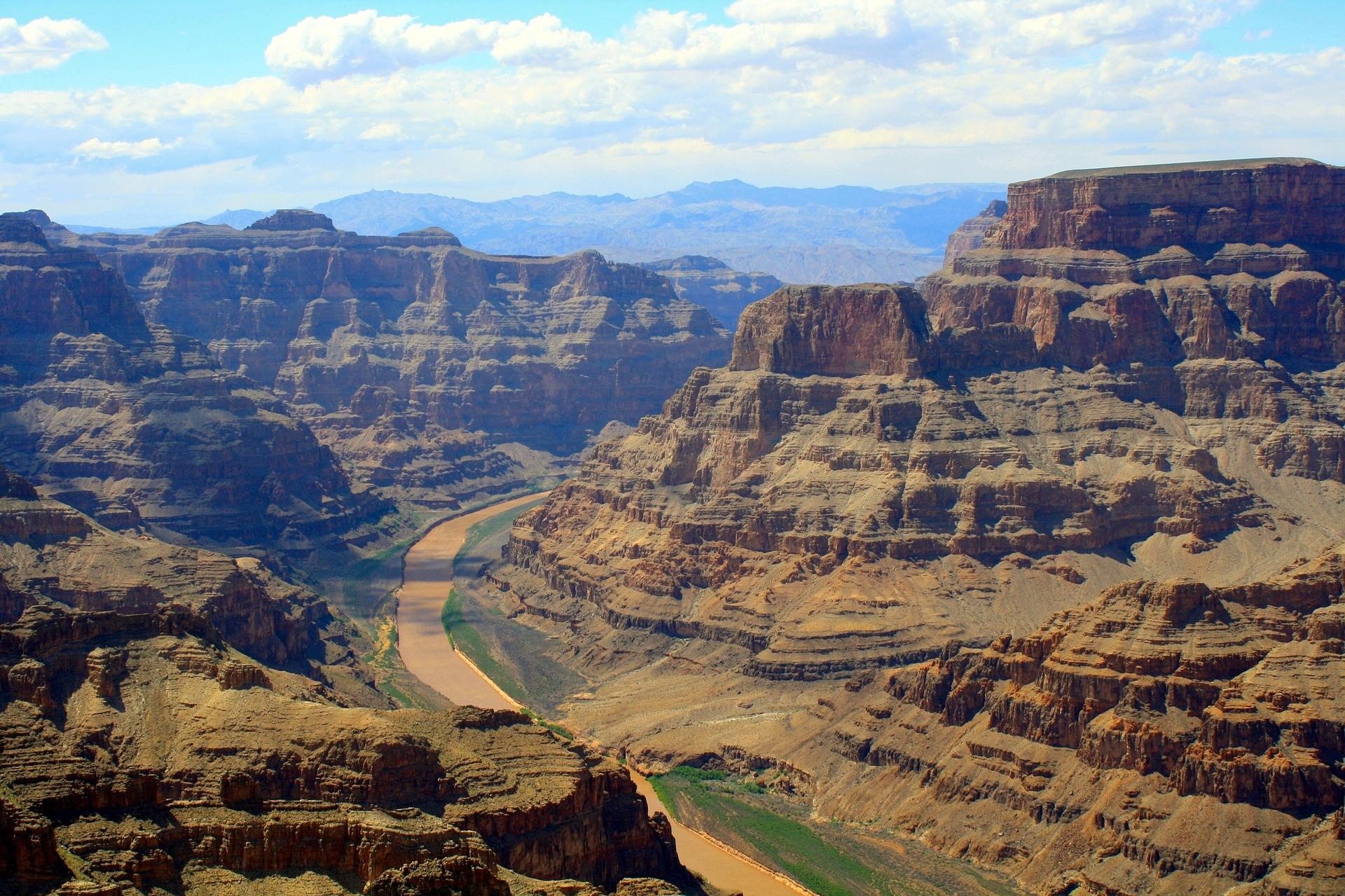 拍照有助於我們更好地記住大峽谷的奇景嗎?圖片來源:Pixabay