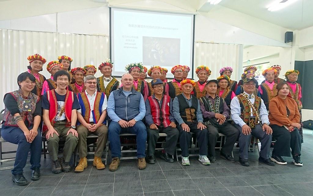 國際貓科保育組織潘特拉到屏東霧臺禮納里好茶部落與魯凱族人交流。攝影:李育琴