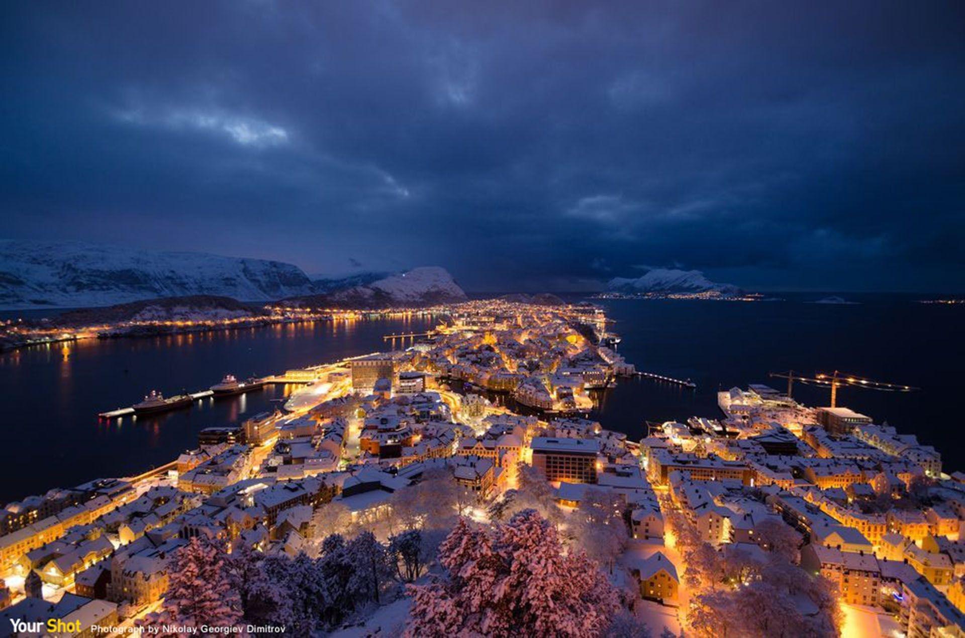 Photograph by Nikolay Georgiev Dimitrov, National Geographic