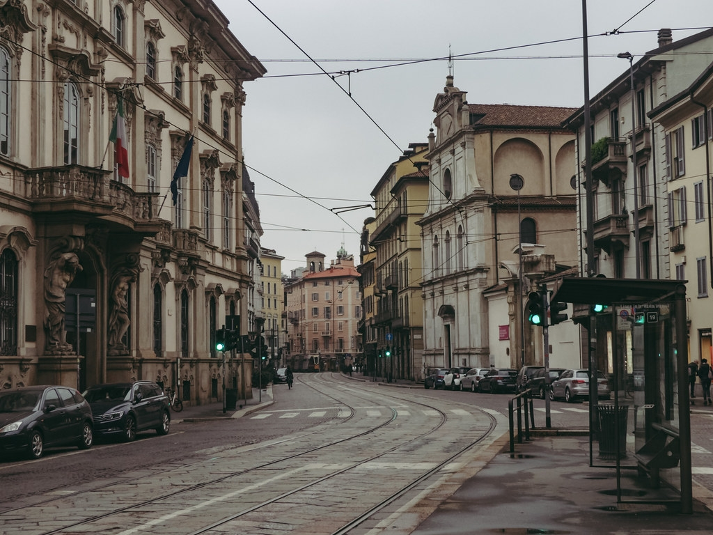 COVID-19蔓延下,義大利米蘭街上變得冷清。照片來源:Alberto Trentanni(CC BY-NC-ND 2.0)