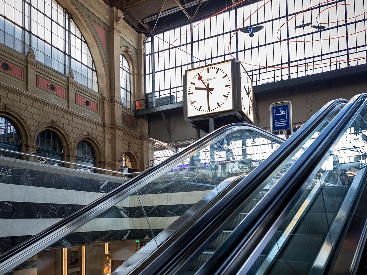 瑞士國家鐵路局官方掛鐘 (Official Swiss Railway Clock)