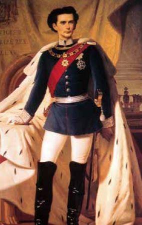 141 路德維希二世在世時,關於他的傳說就已經開始流 傳。法國詩人保爾.魏爾倫(Paul Verlaine)說他是「 本世紀唯一真正的國王」。