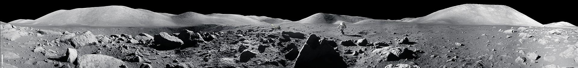 1972年12月,阿波羅17號的太空人哈里森.舒密特跳向月球車。那是人類最後一次在月球上留下足跡。編注:這張影像是NASA用18張照片合成的全景圖的一部分。NASA將天空塗黑以移除陽光造成的鏡頭耀光,呈現太空人看到的月球景色。NASA/LUNAR AND PLANETARY INSTITUTE
