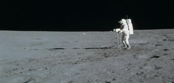說出來你可能不信,阿波羅14號太空人從月球上帶回了最古老的地球岩石。圖片來源:NASA