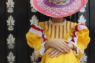 傳統連身裙