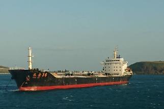 鄭明修與團隊完成首度「臺灣淺堆」海洋生態紀錄 籲即刻救援 避免被中國抽砂船破壞