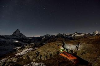 野外就是我的床!探險家如何在極端地點睡覺?