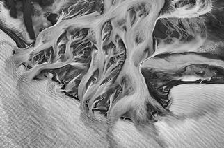 鬼斧神工:冰川三角洲