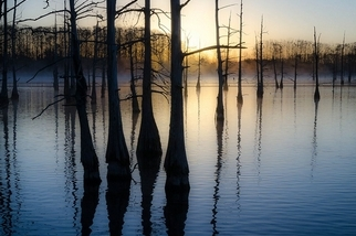 晨光的變換:湖畔日出