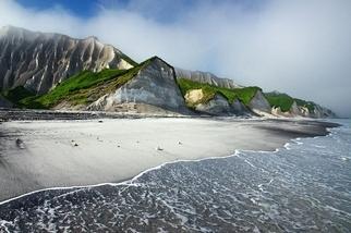 伊土魯島的白色斷崖