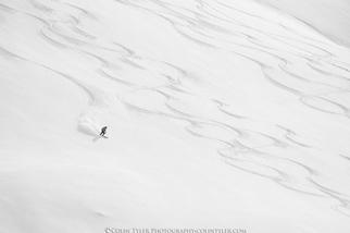 2018年地球日的雪地線條