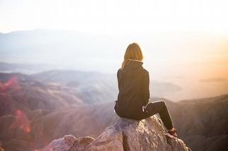 寧願湊合與將就,你是在懼怕後悔嗎?