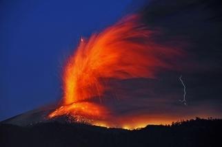 新燃岳爆發