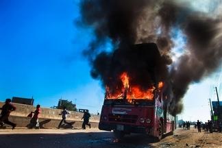 著火的巴士