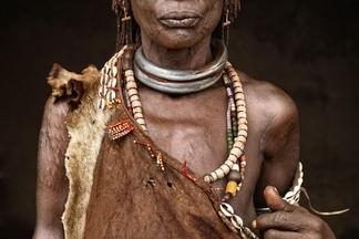 哈默族婦女