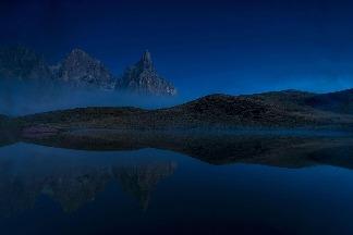 藍色的多羅米提山脈