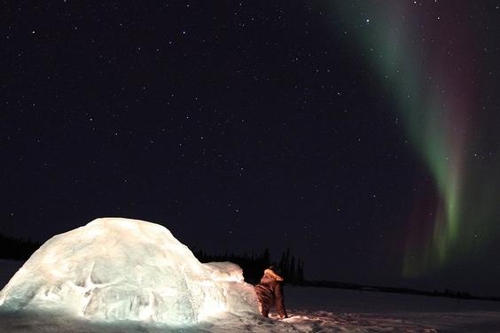 星空之舞:北極光