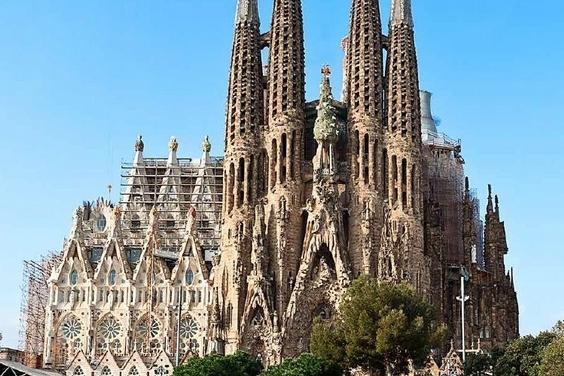 《細看建築》聖家堂