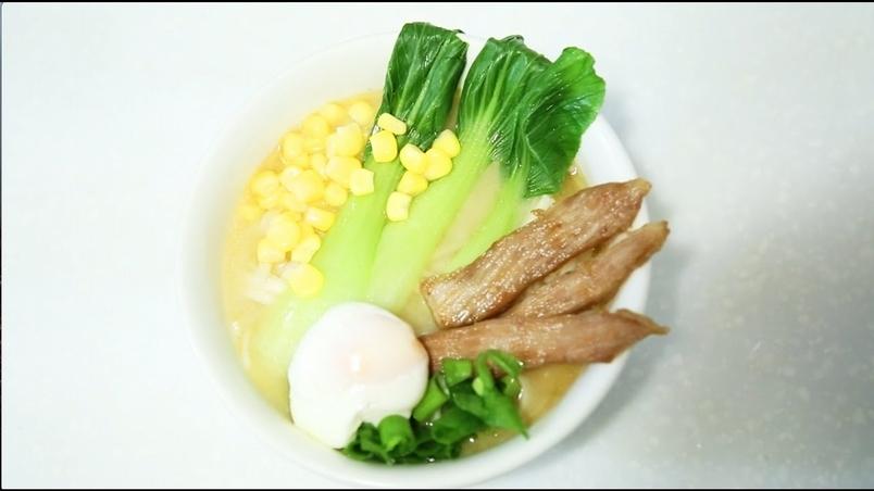 DIY廚房:味噌雞湯拉麵