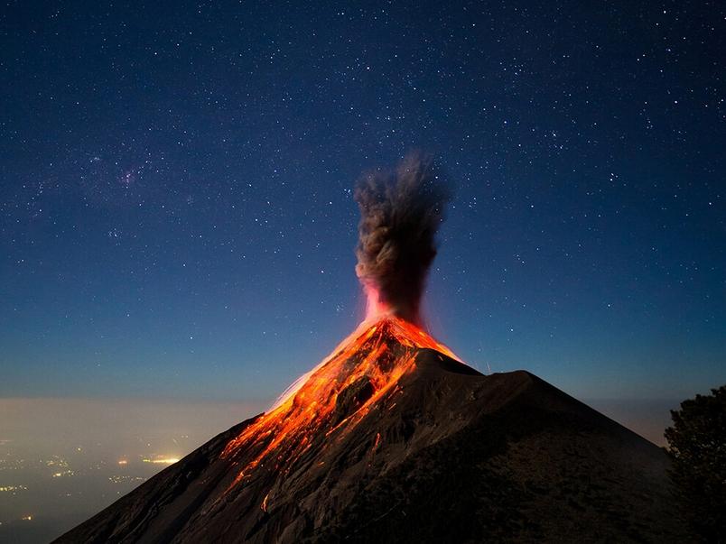 火焰之心:福埃哥火山