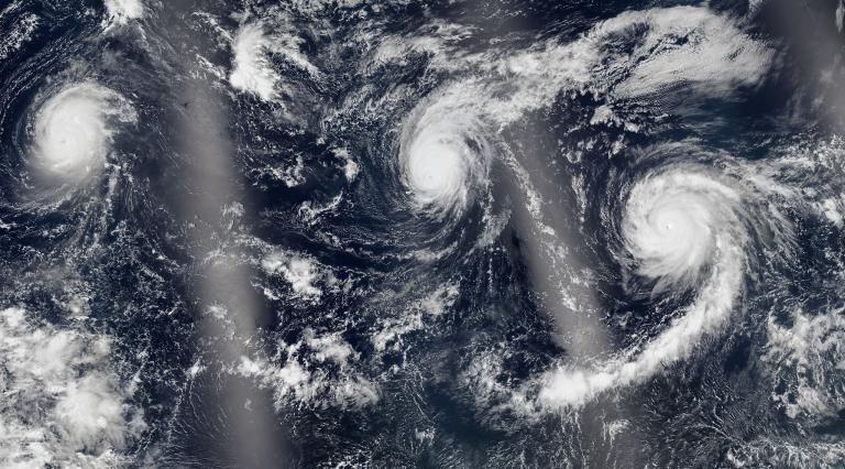 太平洋三重風暴與非洲颶風:到底是怎麼回事?