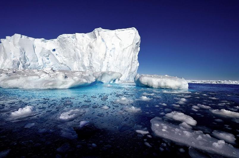 南極的派恩島冰河。 PHOTOGRAPH BY MICHAEL MARTIN, LAIF/REDUX
