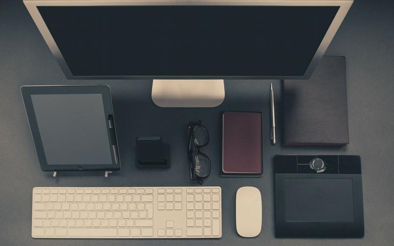 上班不過坐著動動手指,為什麼還是這麼累?圖片來源:Pixabay