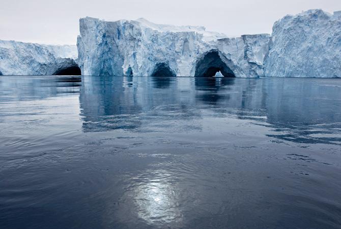 04-pine-island-glacier-west-antarctica-670