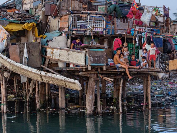 09-manila-flood-zone-squatters-670