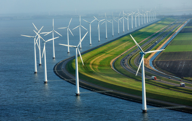 12-netherlands-windmills-and-dikes-670