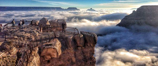 1-grand-canyon-fog_74038_600x450