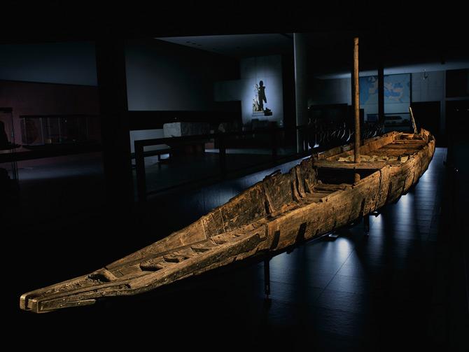 01-roman-boat-restored-670