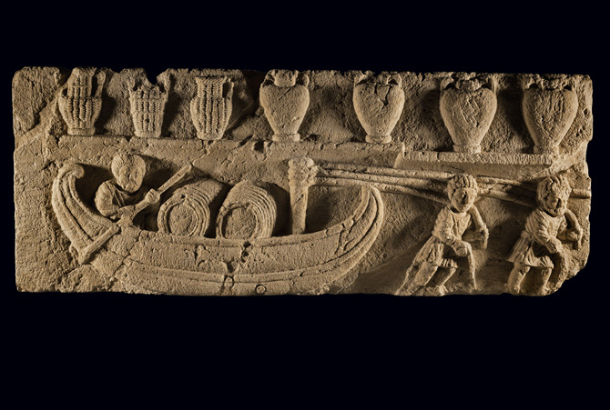 09-riverboat-bas-relief-670