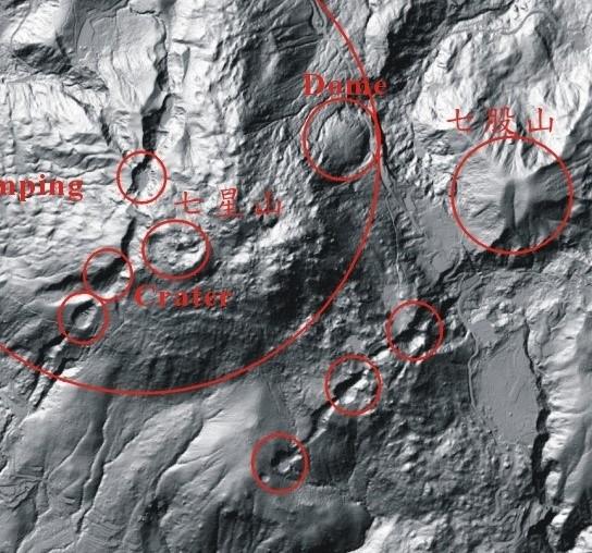 火山爆裂口地形(宋聖榮)