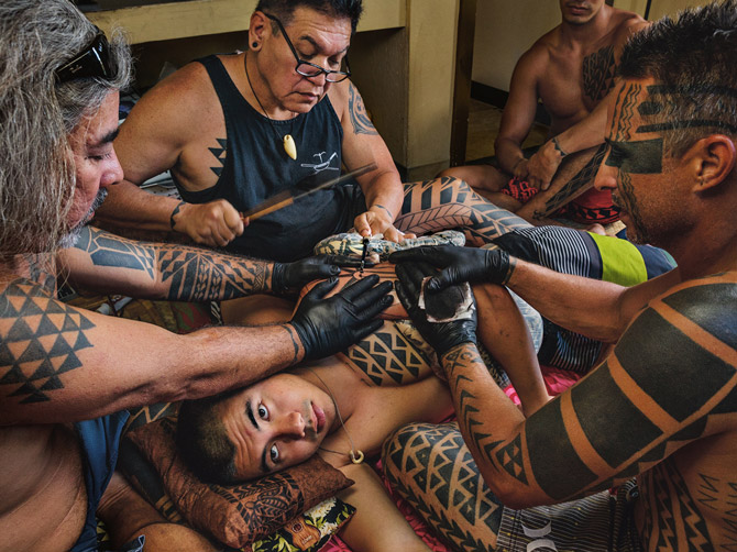 11-traditional-tattooing-670