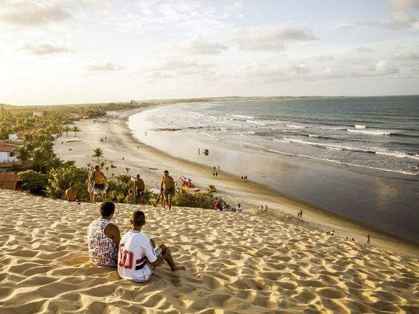 bow-brazil-genipabu-beach-sunset_92363_600x450