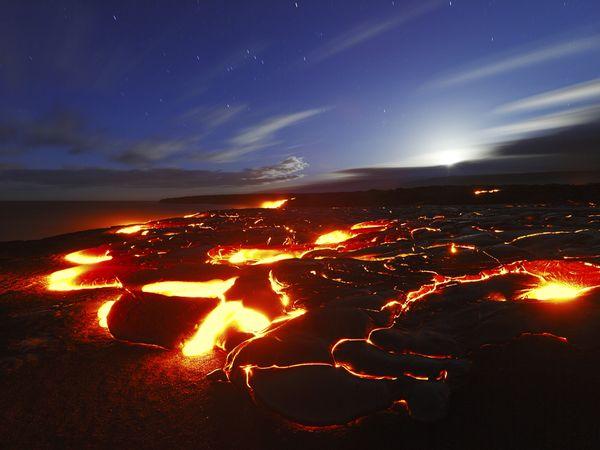 bow-hawaii-volcanoes-national-park_92370_600x450
