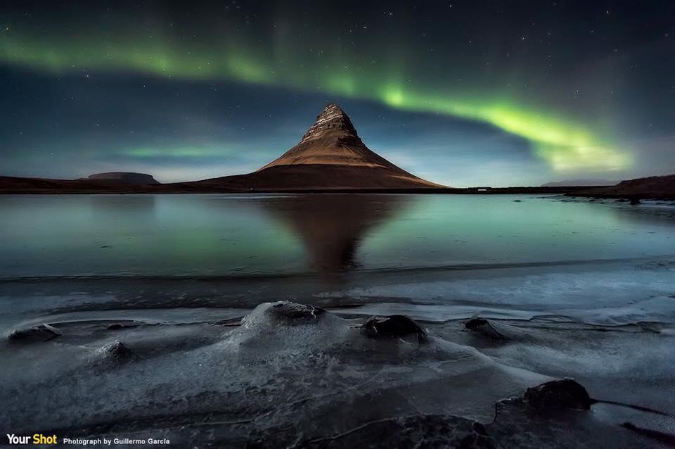 在冰島上觀賞到的北極光