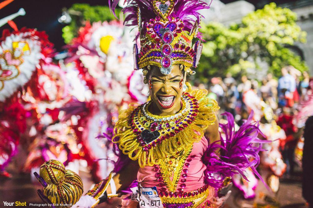 巴哈馬群島年度節禮日的詹卡努(Junkanoo)狂歡舞會