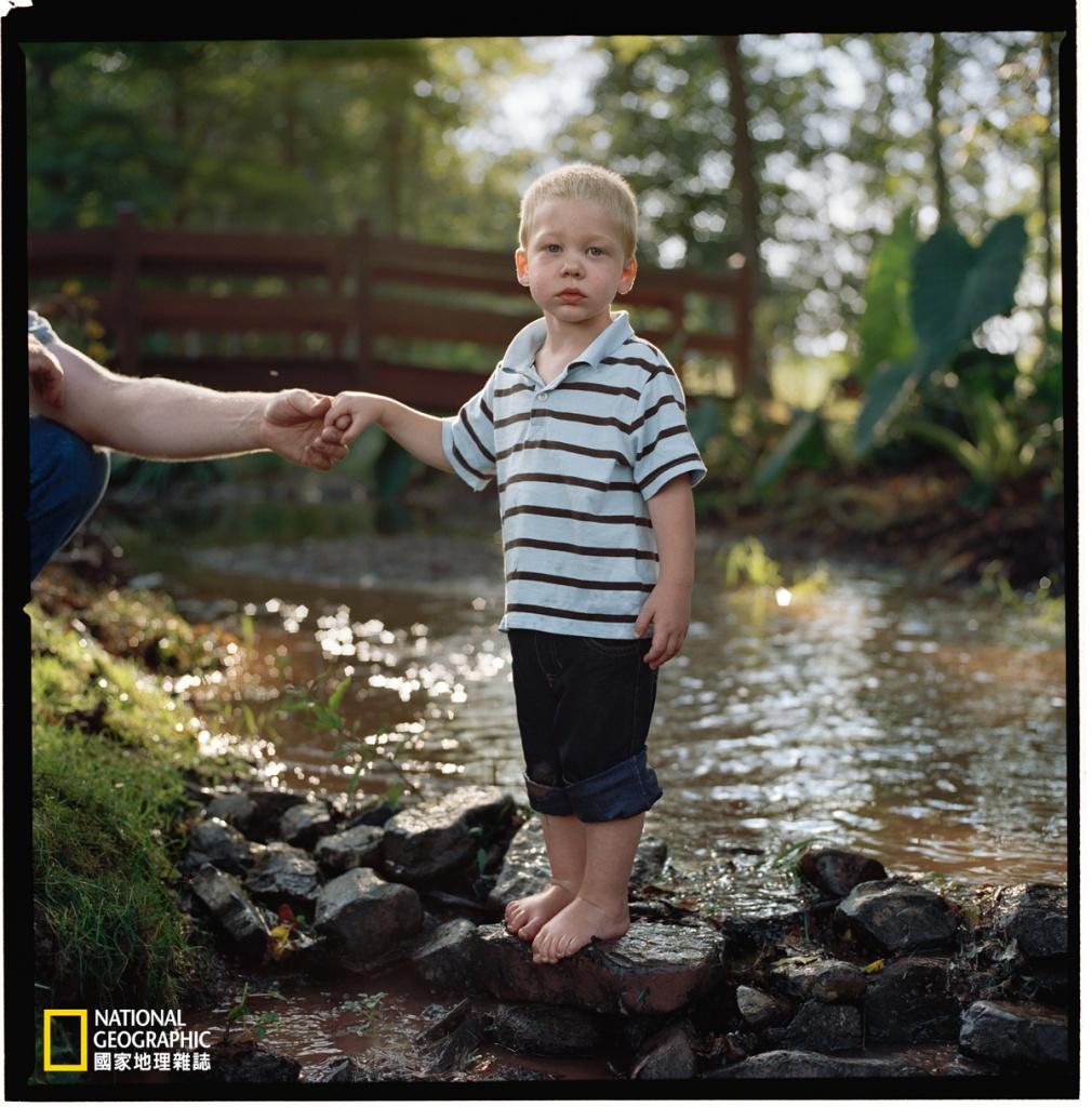 2015年3月,還在學走路的加德爾.馬汀掉入冰冷的溪流中,死亡超過一個半小時。三天半之後,他平安健康地離開醫院。許多這樣的故事促使科學家重新審視死亡的定義。