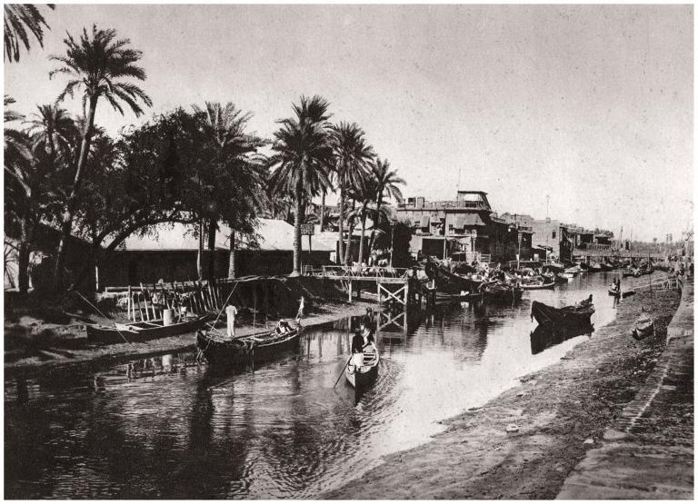 1925年的巴士拉,如今已是伊拉克成長最快速的城市。Photograph by The Print Collector, Print Collector, Getty Images