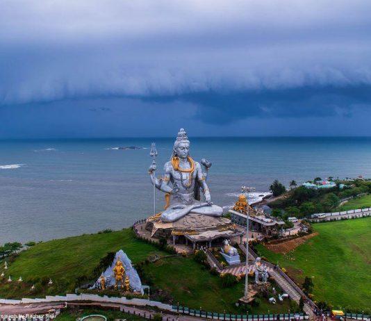 濕婆神紀念碑