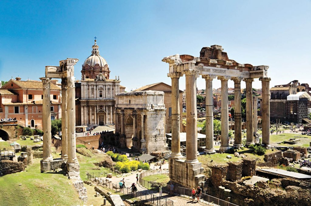 Italy, Rome, Roman Forum, From left to right, Templum of Vespasianus, Arch of Septimius Severus, Templum of Saturno. On the back Church of SS Luca e Martina (not included on Roman Forum)