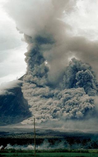 聖海倫火山