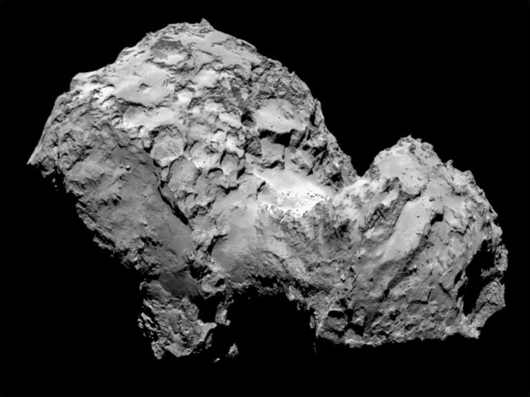67P彗星上的凹坑可能是聚積的氣體讓彗星的內部結構變弱,導致表層崩塌。PHOTOGRAPH BY ESA/ROSETTA