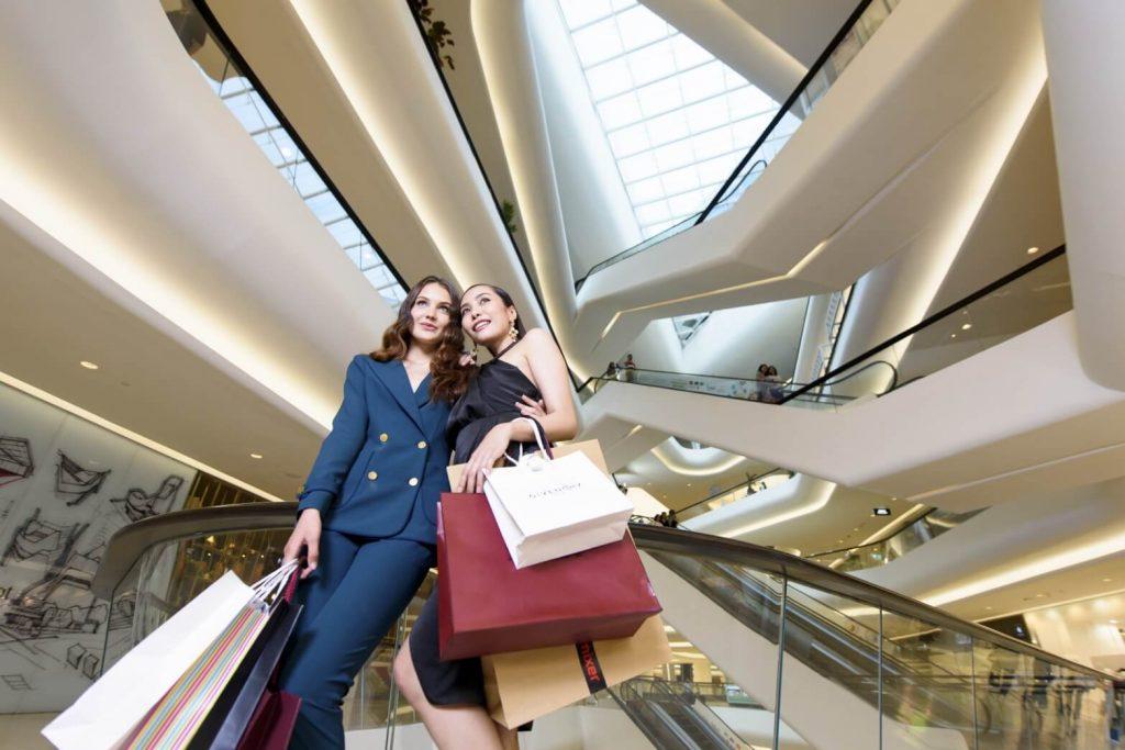 tailand-shopping-escalator