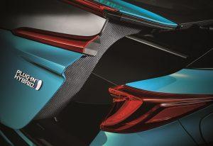 Prius PHV 碳纖尾門_FA-1