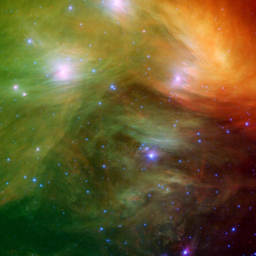 這個星團距離我們大約有400光年遠。